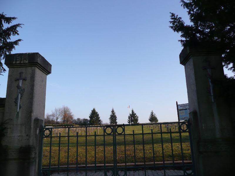 cimetière de Noviant aux Prés 008 1 retaille